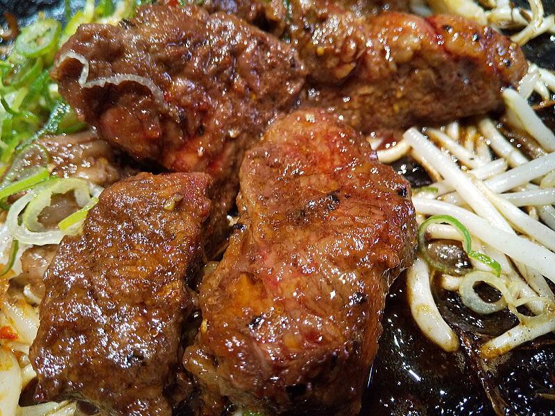 京都 肉食堂 ハラミスタミナ鉄板焼肉